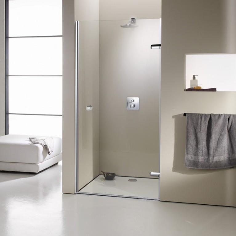 ENJOY ELEGANCE дверь распашная с неподвижным сегментом для ниши (профиль гл хром, стекло прозр) с удобной ручкой, фото 1
