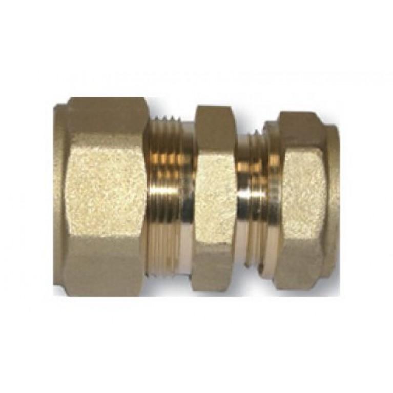 Соединение стальной трубы DN 20 с медной трубой Ø 18/22 мм